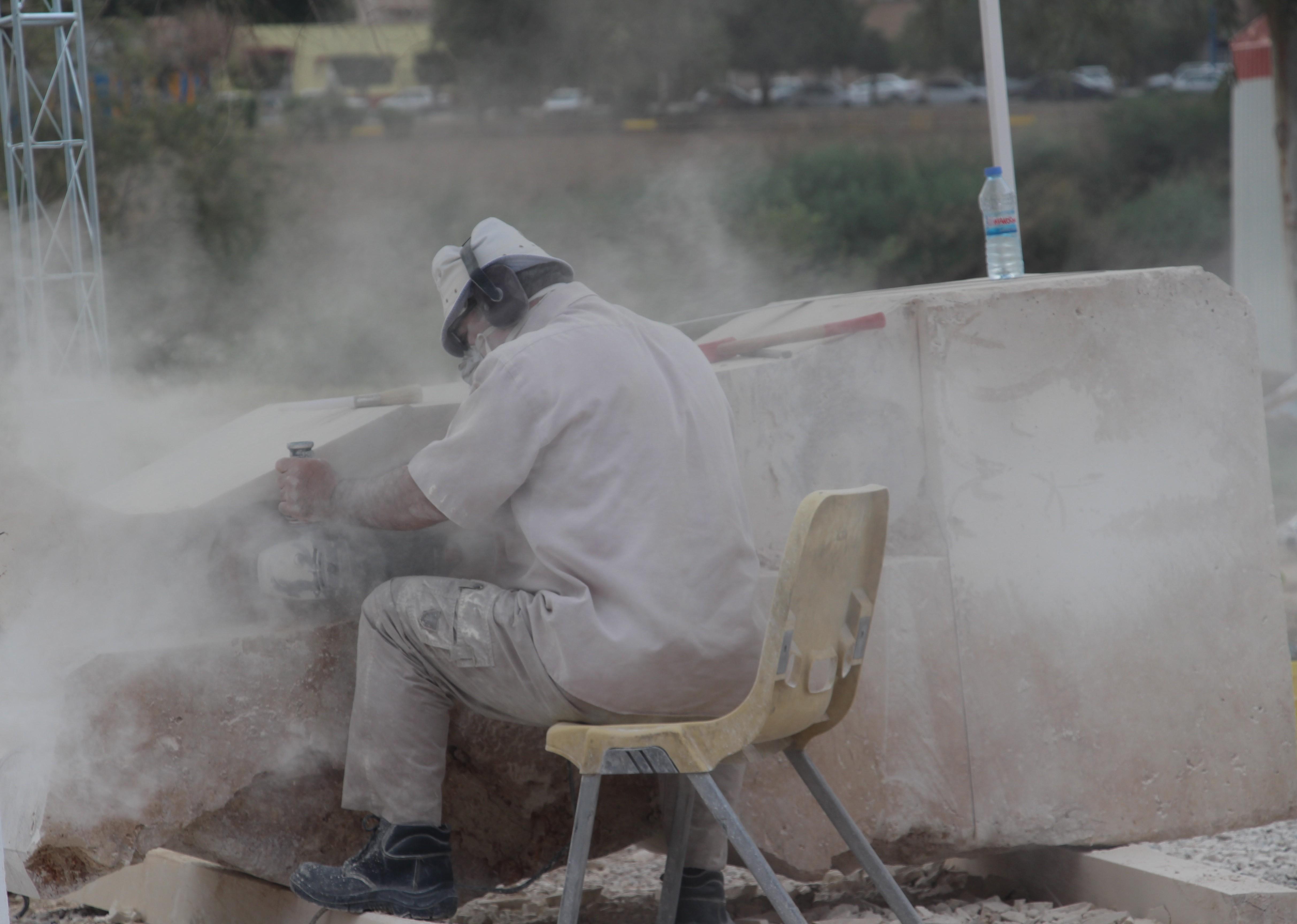 اولین سمپوزیم بین الملی مجسمه سازی در اهواز / گزارش تصویری